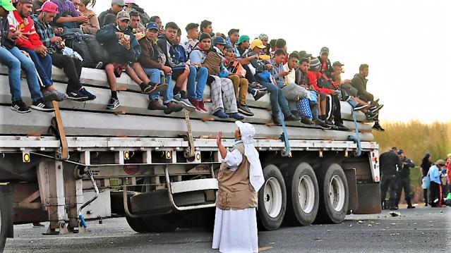 IMMIGRATION - migrant caravan arrives at US