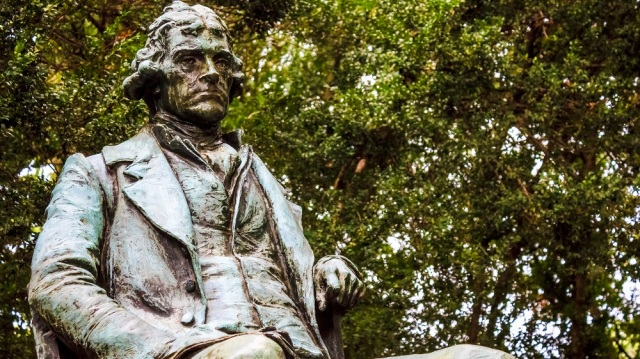 THOMAS JEFFERSON - statue at U-VA